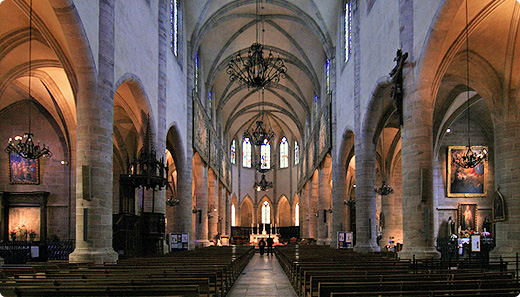 cathedrale-int-g